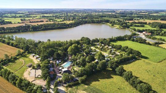 Camping avec piscine : lequel choisir pour ses vacances en Vendée ?